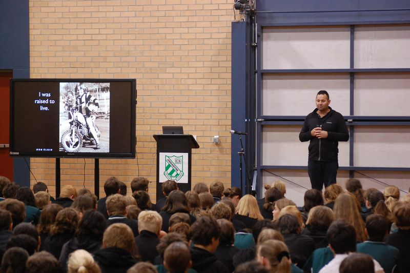 Don Elgin presenting to school children